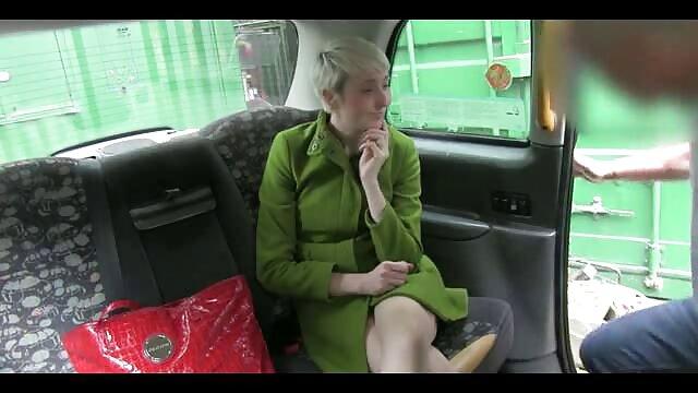 ¡La morena de piernas altas Jelena Jensen en una película artística de Ed Fox! ver videos heroticos