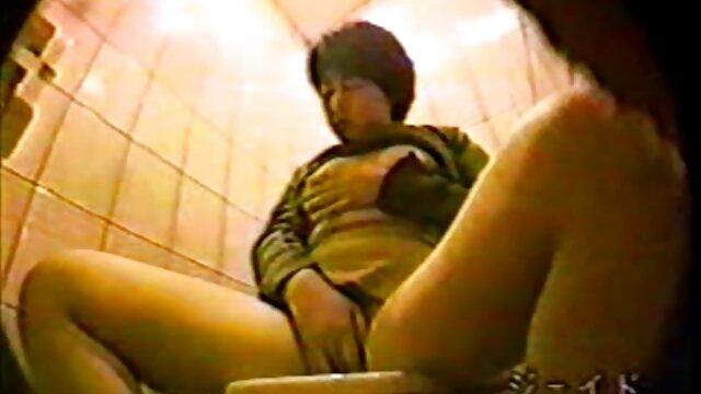 Adolescente pelirroja peliculas eroticas japonesas gratis follada en cámara oculta