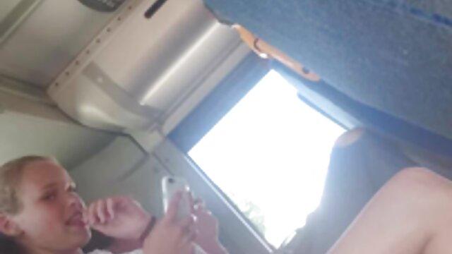 esposa infiel follada en videos de maduras eroticos cámara oculta