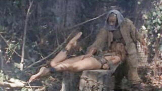 Trío anal con adolescentes videos porno heroticos 2
