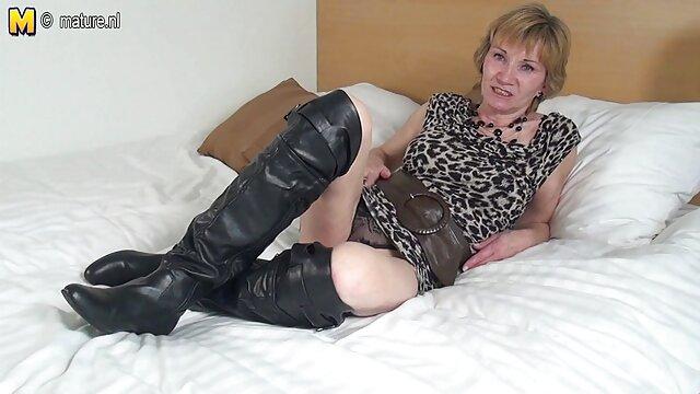 Madrastra cachonda uñas sexy videos eroticos antiguos hija Liza Rowe