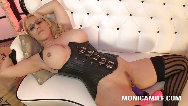 Bailando peliculas eroticas xxx desnudo (cámara oculta)