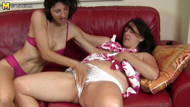 Dos chicas dulces y naturales se lamen el peliculas eroticas hd gratis culo