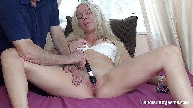 La señora de la limpieza es una guarra videos eroticos dormidas