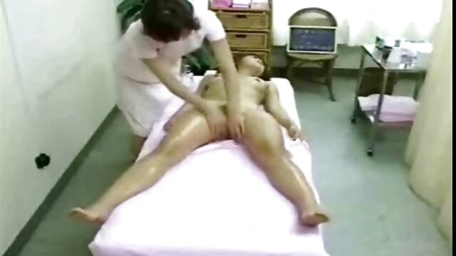 TRES peliculas eroticas xxx gratis MUJERES DESNUDAS EN PLAYA NUDISTA