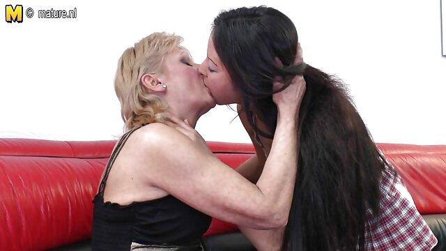 Larga sesión videos erotcos de besos