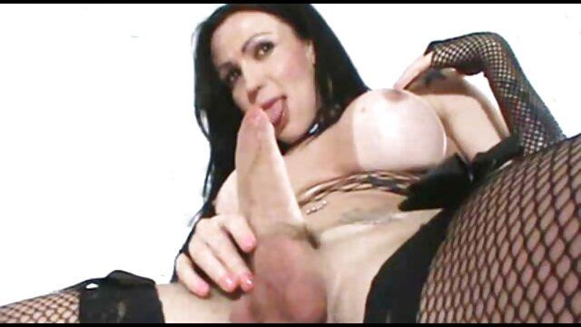 Chocho profundo boinked videos eroticos hot de horny oldie puss se ve pequeño lleno de