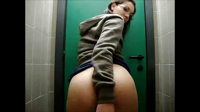 Elizabeth Douglas 2 videos hd eroticos Capri 120s
