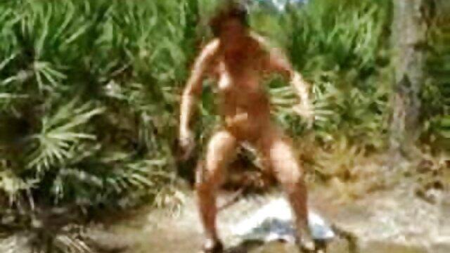 Jóvenes enfermeras enamoradas (1984) porno erorico Vintagepornbay.com Teaser