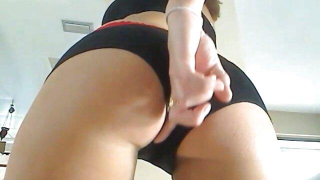 Piper Perri es una niñera videos super eroticos traviesa