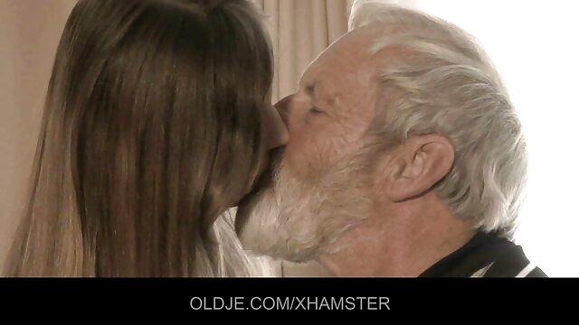 Amateur - BiSex - Latina de videos eroticos de maestras tetas pequeñas perforadas a pelo MMMF